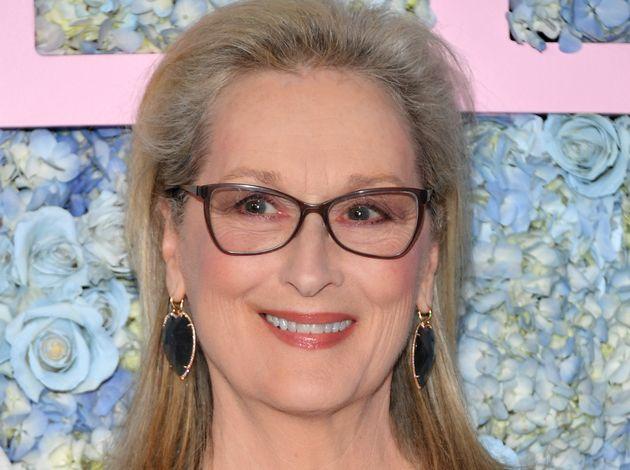 Meryl Streep compie 70 anni, diventa nonna e torna (forse) al Festival di
