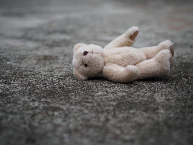 Bimba di 2 anni uccisa a Cremona. Accanto alla piccola c'era il padre