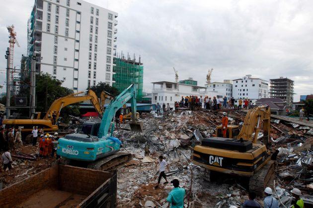 Καμπότζη: Τους 17 έχουν φτάσει οι νεκροί από την κατάρρευση επταώροφου