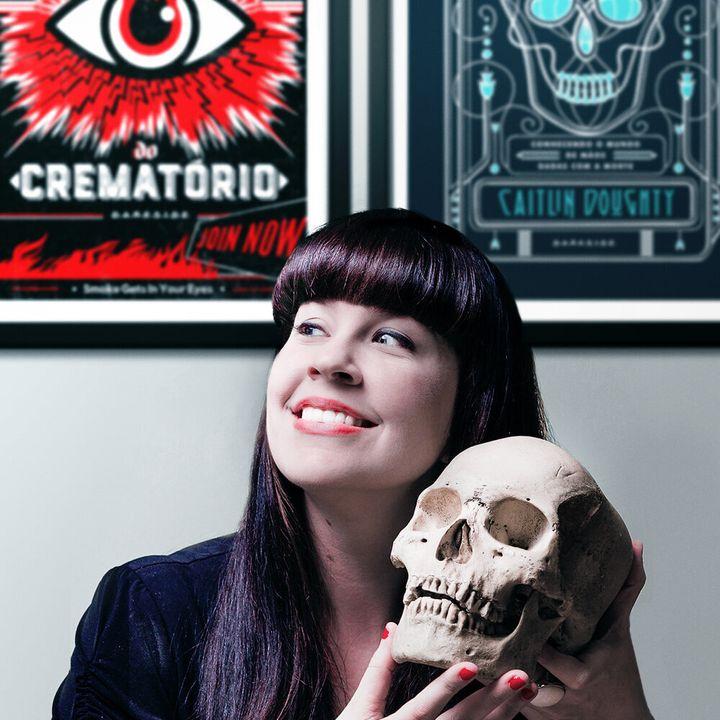 Caitlin Doughtyé fundadora do grupo The Order of the Good Death, que une profissionais, acadêmicos e artistas para falar sobre a mortalidade.
