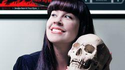Escritora critica cultura de silêncio da morte: 'A morte cotidiana não é