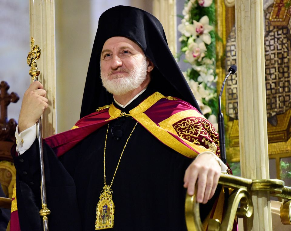 Ενθρόνιση Αρχιεπισκόπου Ελπιδοφόρου: Με Ωσαννά και Ροδοπέταλα στους 74
