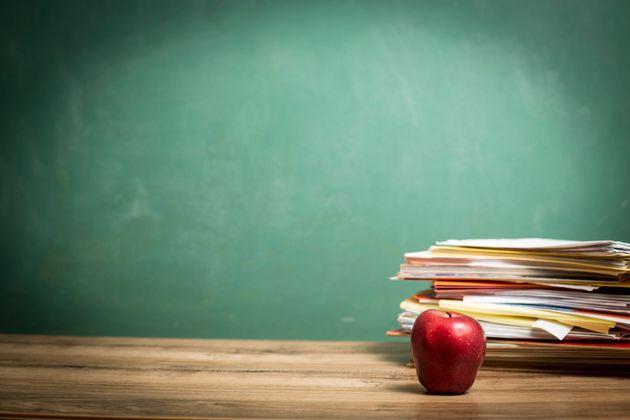 Laïcité: les commissions scolaires du Québec se dissocient de la
