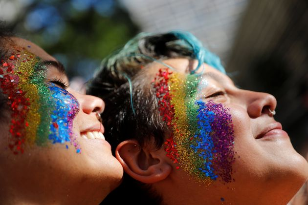 Cerca de 3 milhões de pessoas lotaram a Avenida Paulista na Parada LGBT em