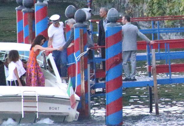 Clooney e Obama in motoscafo sul Lago di