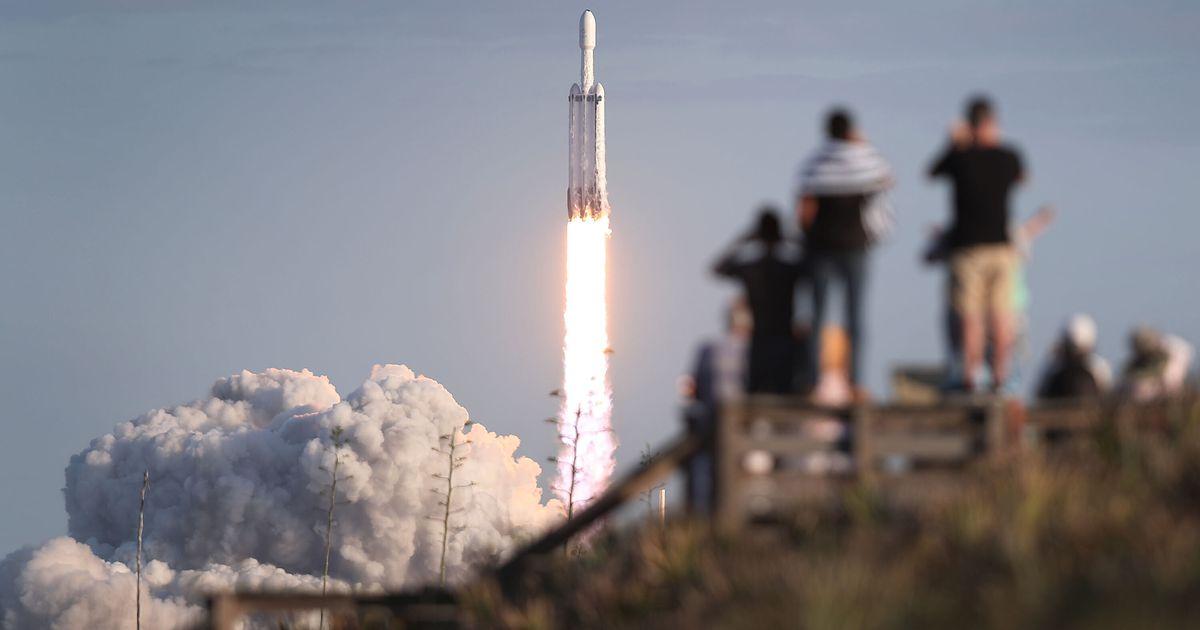 """La Falcon Heavy de SpaceX lance une """"voile solaire"""" dans l'espace"""