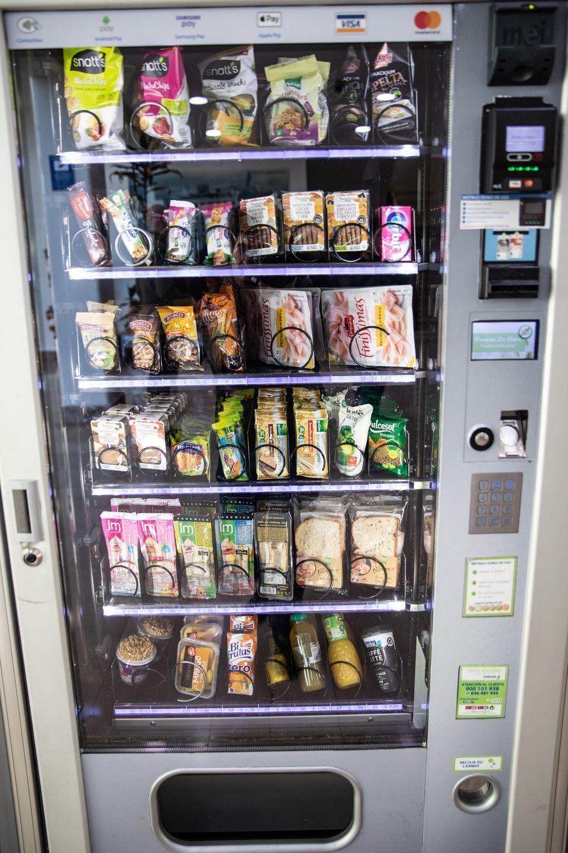 Analizamos siete máquinas de vending y sólo dos de sus productos son