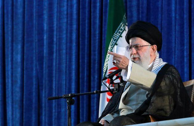 Usa Iran, il Presidente sanziona la Guida Suprema: nel mirin