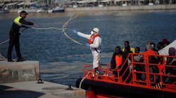L'Espagne porte secours à 300 migrants en 3