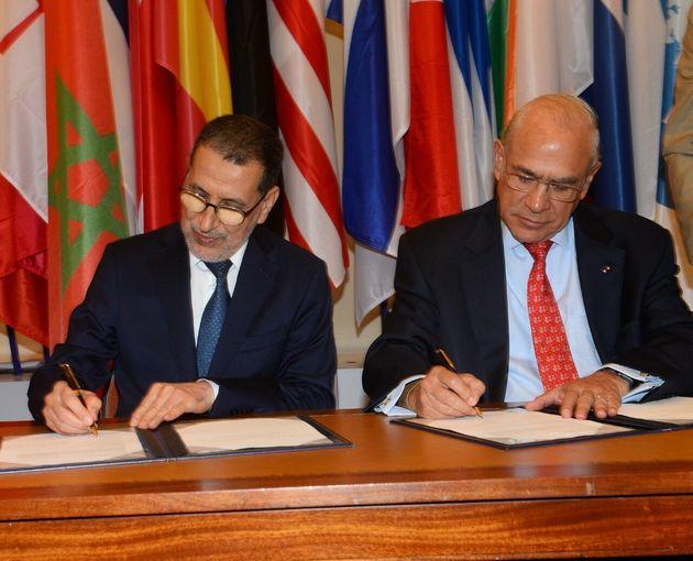Le chef du gouvernement Saad-Eddine El Othmani et le Secrétaire général de l'OCDE,...
