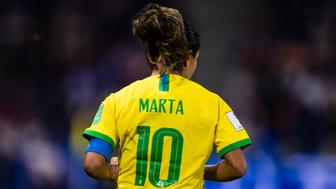 LE HAVRE, FRANCE - JUNE 23: Marta Silva of Brazil in action during the 2019 FIFA Women's World Cup France Round Of 16 match between France and Brazil at Stade Oceane on June 23, 2019 in Le Havre, France. (Photo by Marcio Machado/Getty Images)