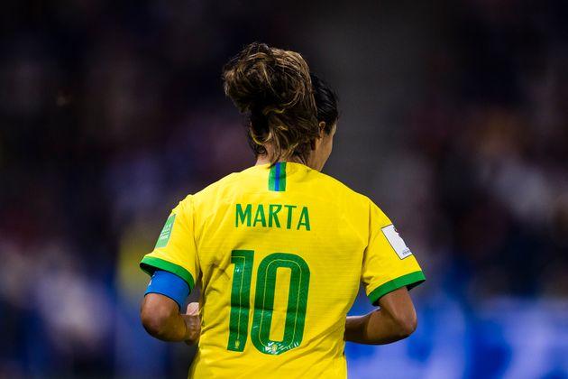 A superestrela Marta marcou mais de 100 gols e é a maior artilheira da História da Copas...