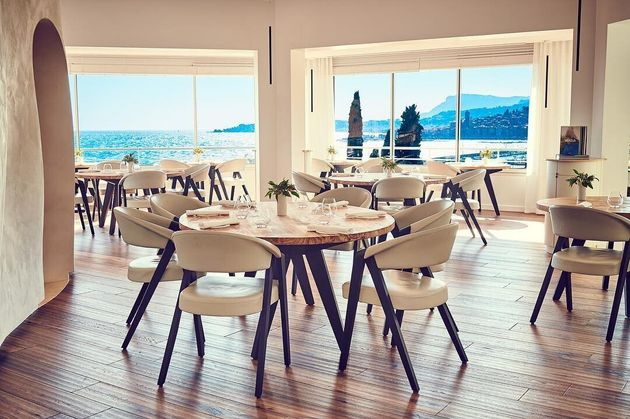O menu para almoço e jantar custa 260 euros por