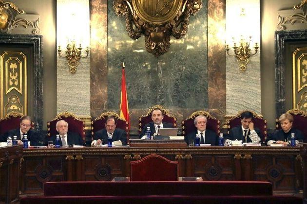 Los jueces del Tribunal Supremo (de izquierda a derecha) Andrés Palomo, Luciano Varela, Andrés...