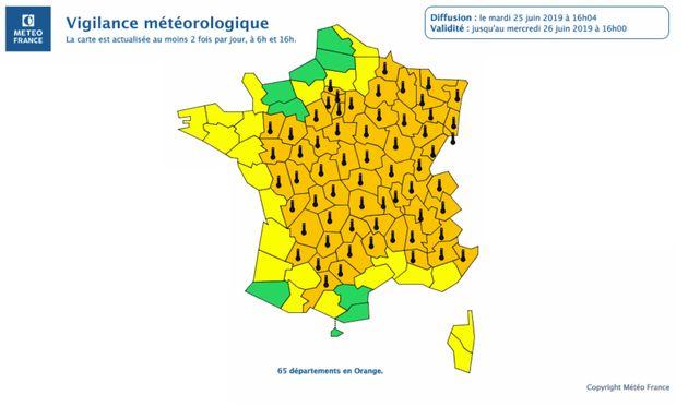Carte Vigilance Orange Bourgogne.Canicule 12 Departements Supplementaires En Vigilance