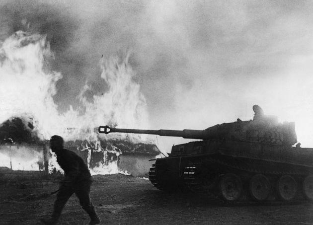 Βίντεο: Ο πόλεμος στο Ανατολικό Μέτωπο σε χάρτες, από την αρχή ως το τέλος