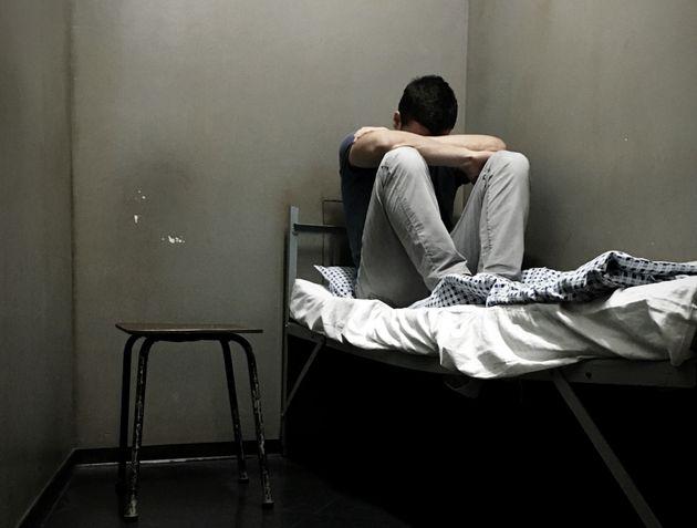 Rapiscono il figlio omosessuale e da Padova lo portano in Bulgaria per