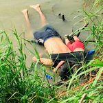 La photo d'un Salvadorien et sa fille de 2 ans, noyés en tentant de gagner les États-Unis,