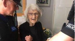 Βρετανία: Ηλικιωμένη ζήτησε να τη συλλάβουν για να ζήσει την