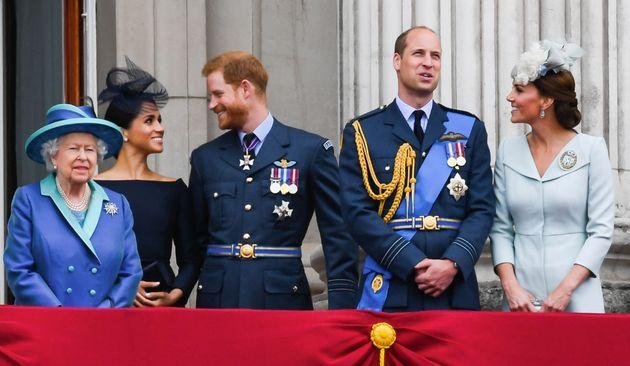 La reina Isabel II, los duques de Sussex y los duques de