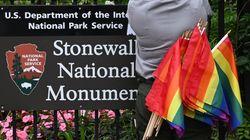 L'administration de Trump a voulu faire retirer le drapeau LGBT du monument de