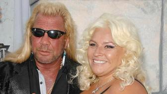 Photo by: Germana/STAR MAX/IPx 2019 6/26/19 Dog The Bounty Hunter's Wife, Beth Chapman has passed away at 51 after battling cancer. STAR MAX File Photo: 9/10/11 Duane Chapman (Dog The Bounty Hunter) and Beth Chapman at a Comedy Central Roast. (Los Angeles, CA)