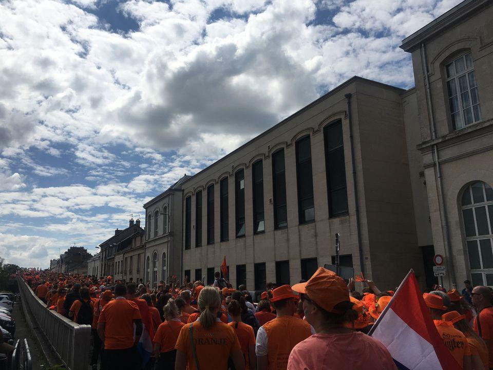 Somente de holandeses foram cerca de 7 mil em Reims, segundo estimativa dos
