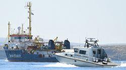 Italia intercepta y aborda el 'Sea Watch 3' frente al puerto de