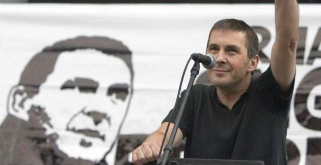Víctimas de ETA no irán al homenaje en el Congreso por Otegi: