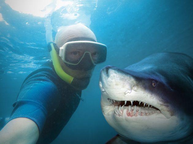 Οι σέλφι πιο φονικές από τις επιθέσεις καρχαριών - Τραγικά περιστατικά σε όλο τον