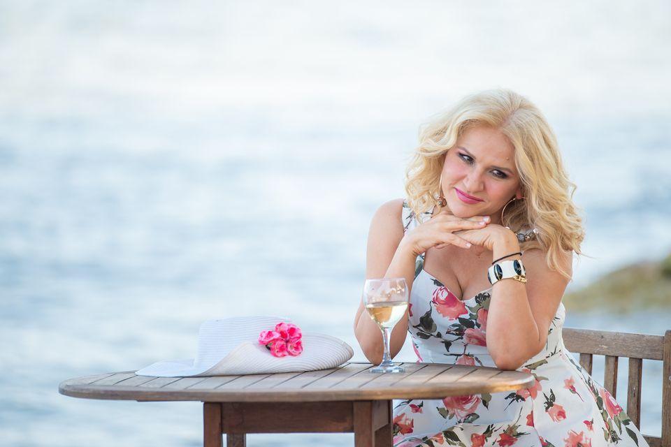 HuffPost Weekend: «Ορέστεια» στην Επίδαυρο, Γιο-Γιο Μα, Θάνος Μικρούτσικος και Ρίτα