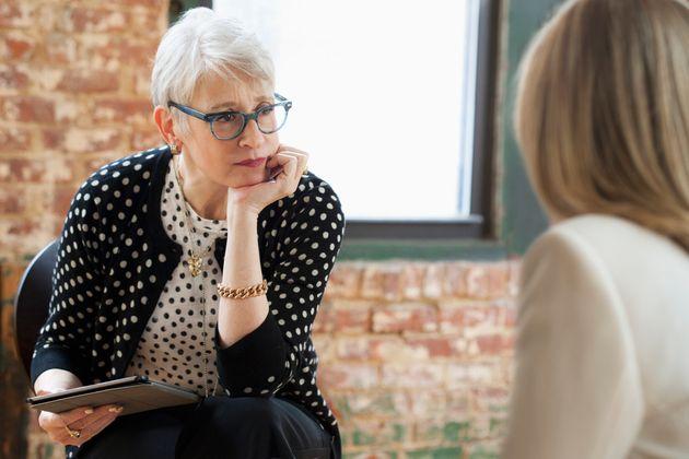 O que acontece com os terapeutas que passam os dias ouvindo relatos de
