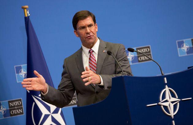 El secretario de Defensa en funciones de Estados Unidos, Mark T. Esper, durante su rueda de prensa en