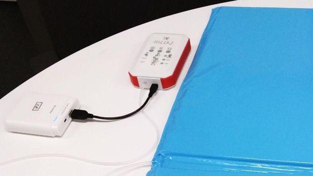 入荷するたびに即完売という大きな反響を呼んだ、家庭用呼吸見守りセンサー「IBUKI」