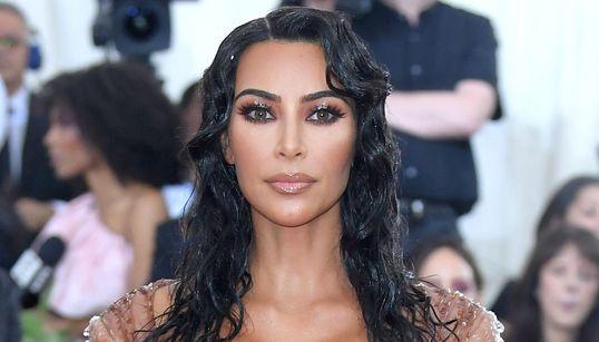 Kim Kardashian Stands By Kimono Brand Name Despite Cries Of Cultural
