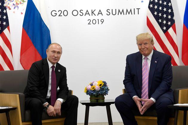 Vladimir Poutine et Donald Trump au sommet du G20, vendredi 28 juin 2019, à Osaka au