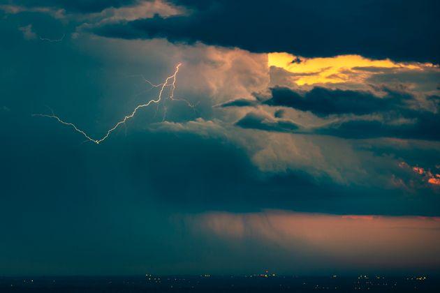 Caldo record e piogge anomale: un clima