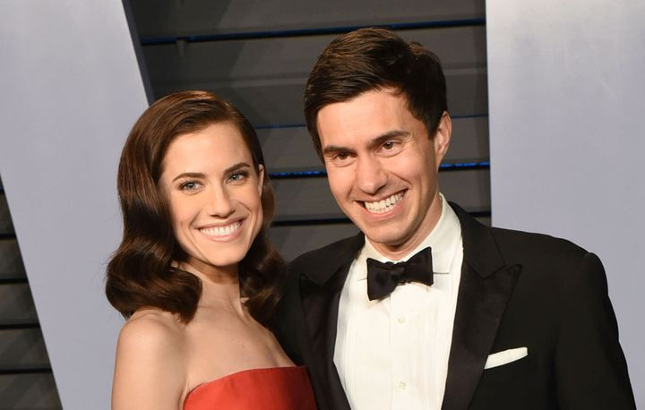 Allison Williams and Ricky Van Veen at the 2018 Vanity Fair Oscar Party.