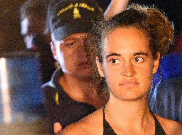 Guardia di Finanza contro Carola Rackete: