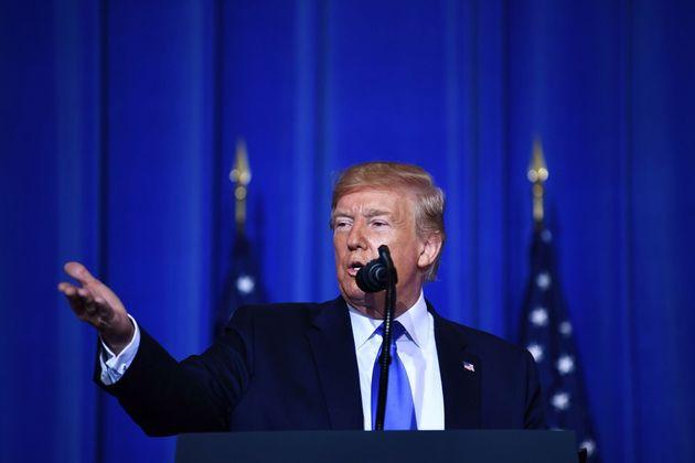 Trump anuncia que restaurará las relaciones comerciales con