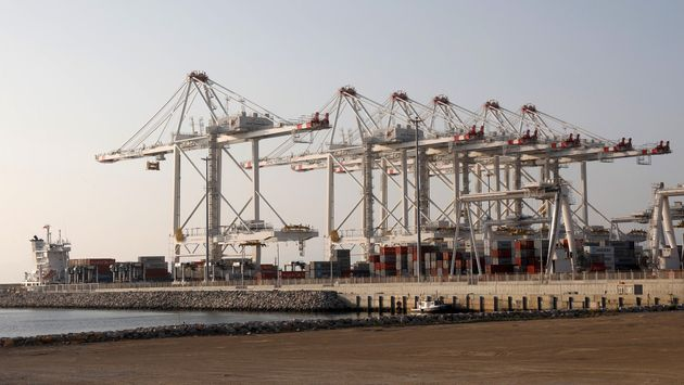 Le prince Moulay El Hassan inaugure le port Tanger Med