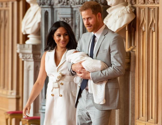 Tre tate in 6 settimane. Meghan e Harry all'ennesimo cambio di bambinaia per