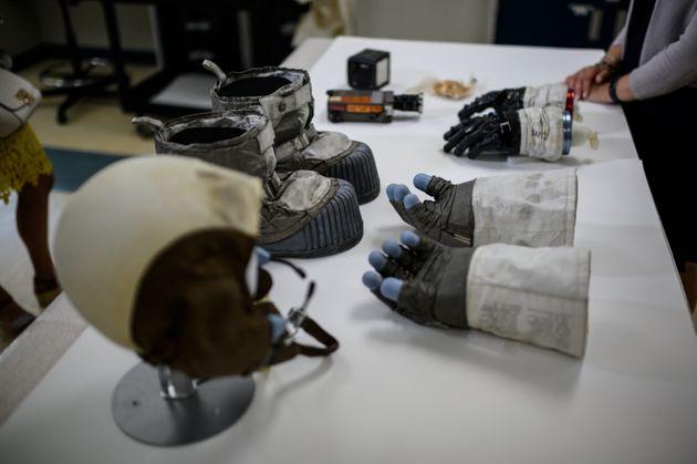Les équipements de Neil Armstrong en 1969 lorsqu'il a marché sur la