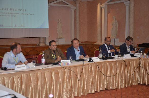 Lancement de Tunis Process et des débats autour des relations