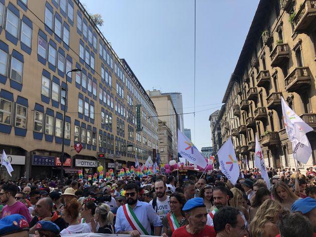 Milano Pride di lotta, contestato Salvini: