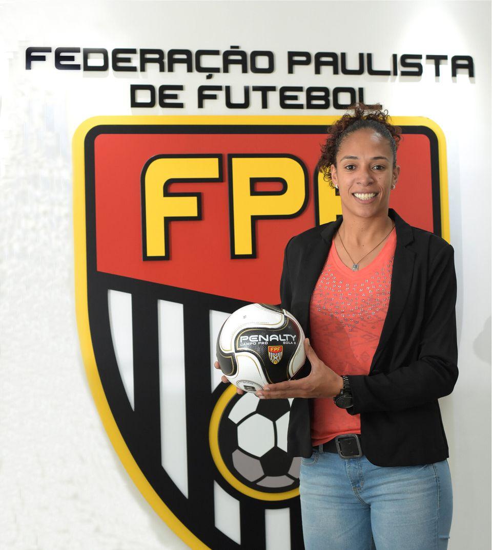 Desde 2017, Aline atua como diretora de futebol feminino na Federação Paulista de