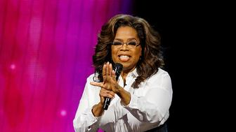 VANCOUVER, BRITISH COLUMBIA - JUNE 24: Oprah Winfrey speaks on stage at Rogers Arena on June 24, 2019 in Vancouver, Canada. (Photo by Andrew Chin/Getty Images)