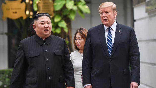 Donald Trump et Kim Jong Un, ici le 27 février à Hanoi, devraient se rencontrer pour la...