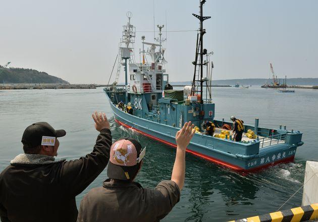 Un baleinier japonais au port