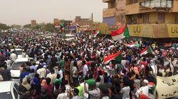 Des milliers de manifestants à Khartoum, tirs de gaz